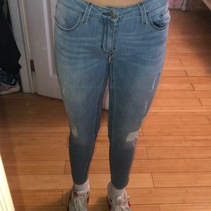guess low rise skinny jeans distressed